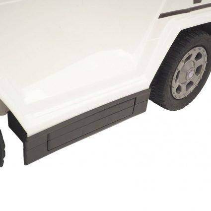 Электротолокар Mercedes-Benz G63 AMG 6x6 черный (педаль газа, музыка, свет фар, резиновые колеса, мягкое сиденье)